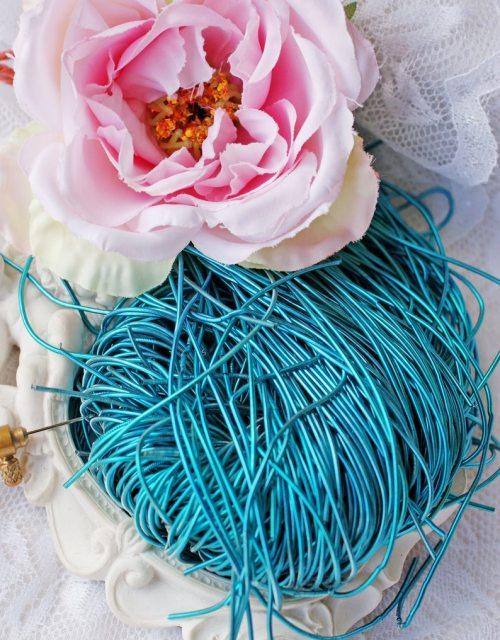 Enamel Blue color Purl