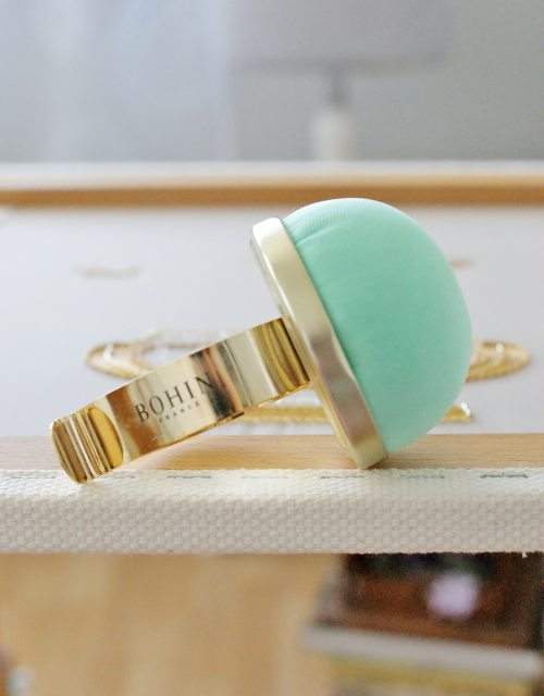 Bohin Velvet pincushion with metallic bracelet Water Green color