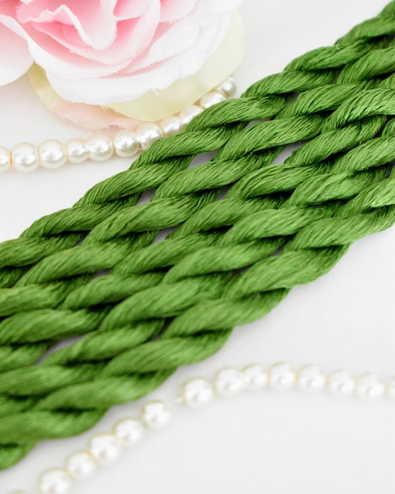 Green grass color Non-Twisted Flat Silk Embroidery Thread