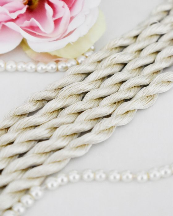 Pearl color Non-Twisted Flat Silk Embroidery Thread