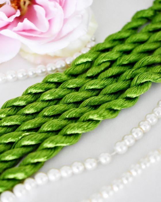 Fresh leaf color Non-Twisted Flat Silk Embroidery Thread