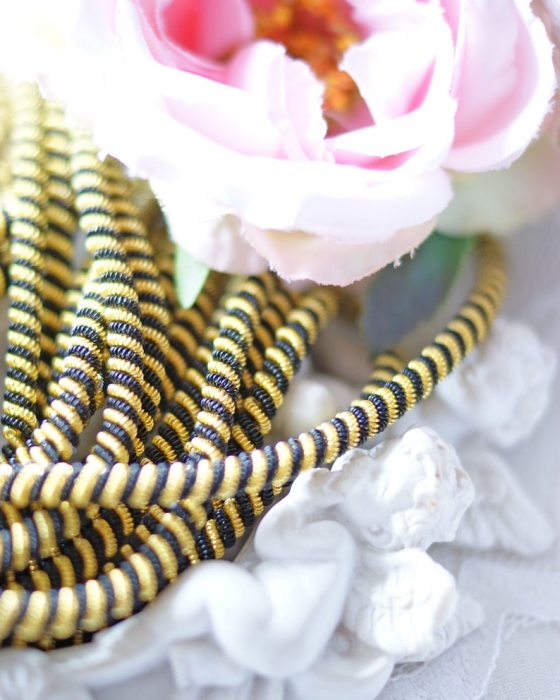 Black/Gold color Double twisted wire 20 gr