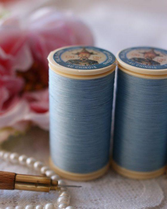Fil Au Chinois Sky Blue color Gloving Thread