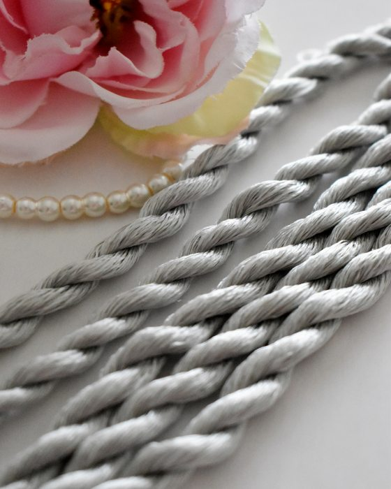 Laurel color Non-Twisted Flat Silk Embroidery Thread